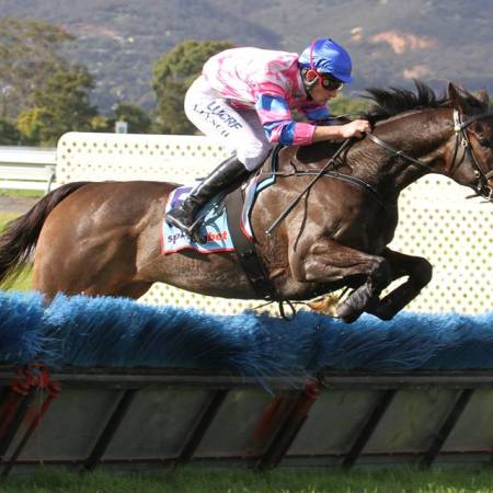 Urban Explorer winning at Morphettville