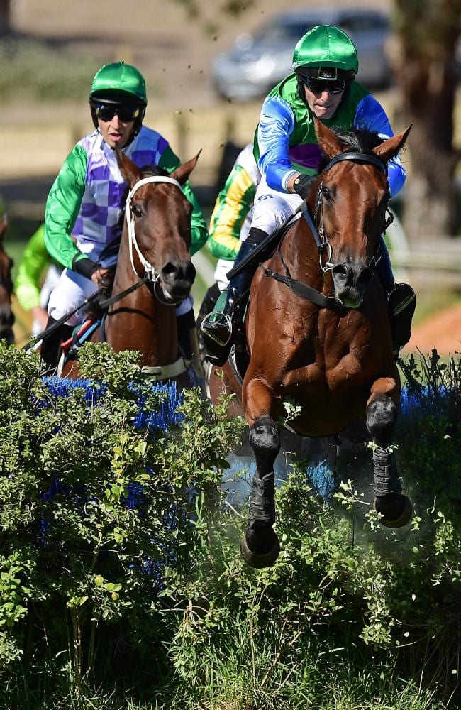 2018 Von Doussa Steeplechase at Oakbank